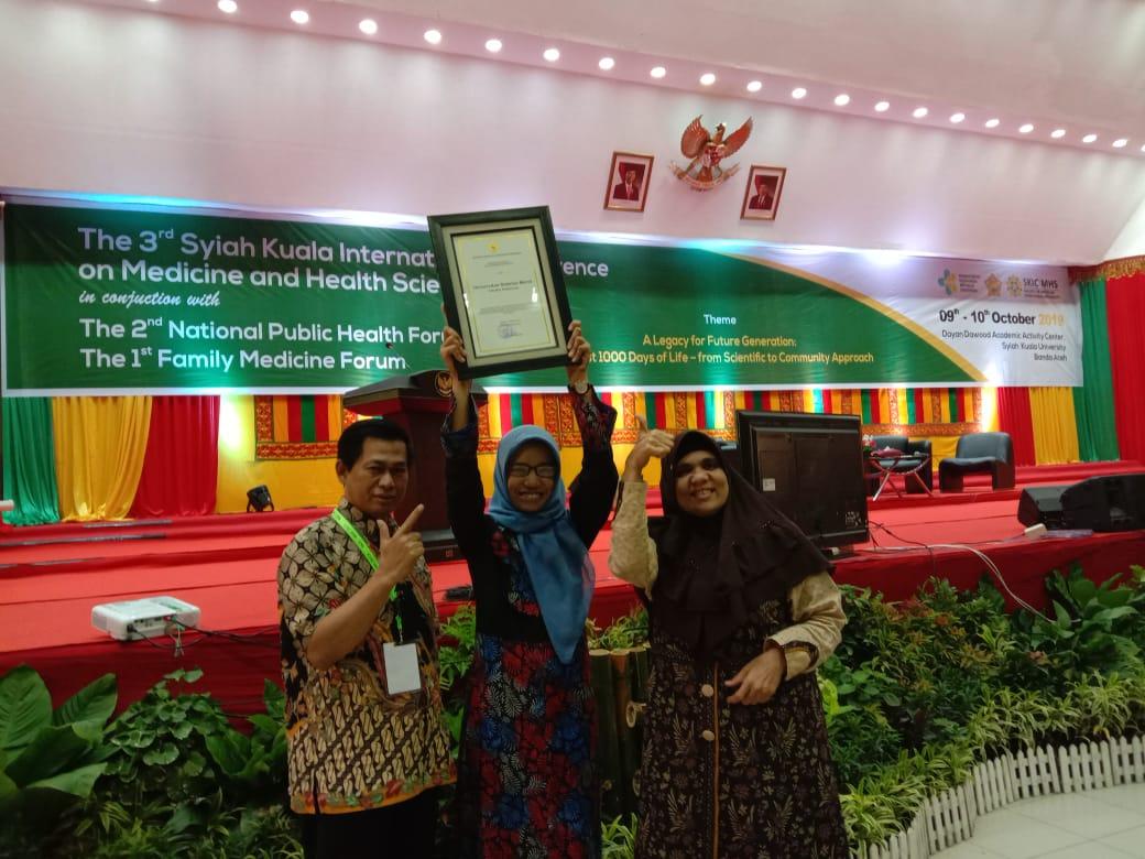 UNS Menerima Penghargaan dari Kemenkes