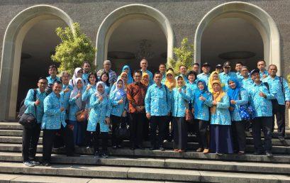 Kaprodi Kedokteran mengikuti acara kunjungan ke UGM