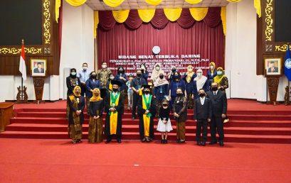 Pengukuhan Prof Dr Reviono dr SpP (K) dan Prof Ari Natalia Probandari dr.,MPH, PhD