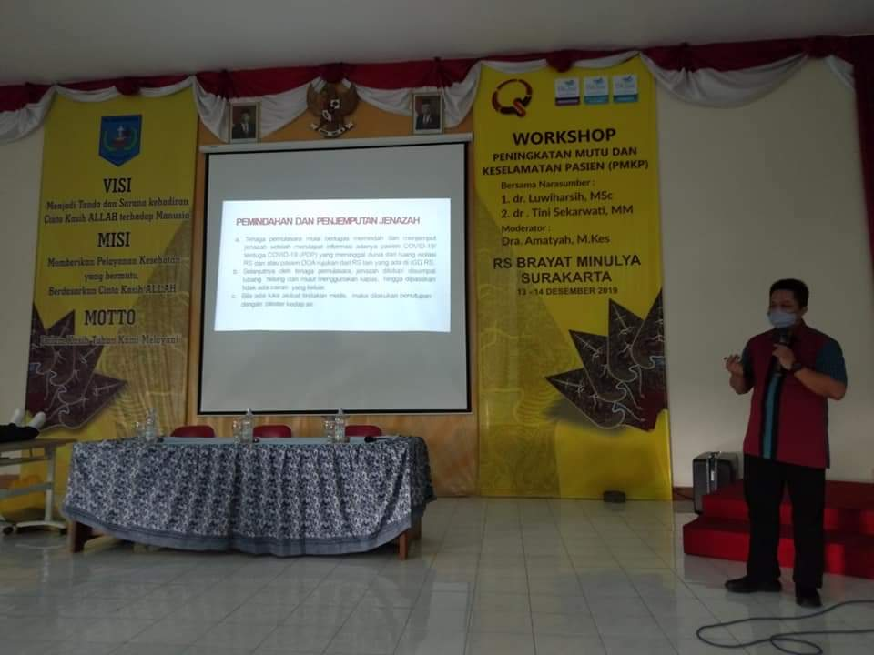 Pelatihan inhouse training bagi dokter oleh dr. Adji Suwandono, S.H., Sp..F